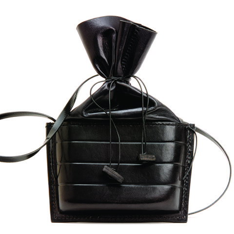 Leather - Sue Lowday - Oblong capsule bag