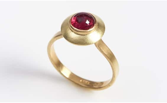 Jinks McGrath 18 carat Gold ring with Spinel