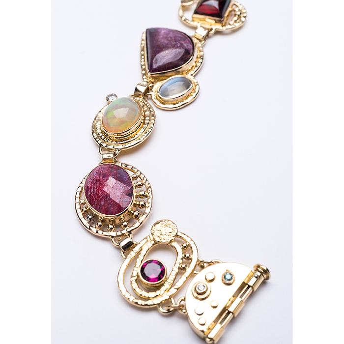 Jewellery - Nigel Graham - Bracelet with semi-precious stones