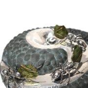 Metal - Fleur Grenier - Home ant circle