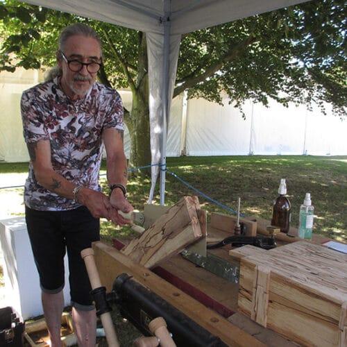 Wood - Andrew Poder - wood splitting demo