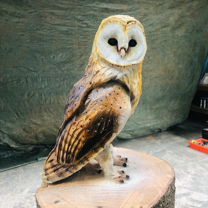 Wood - Simon Groves - owl II sculpture