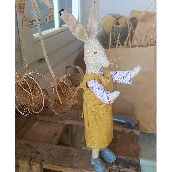 Textiles - Sarah Dudley - Eloise Hare